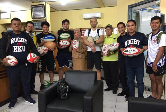Ryutsu Keizai University return for  volunteer visit to Indonesia