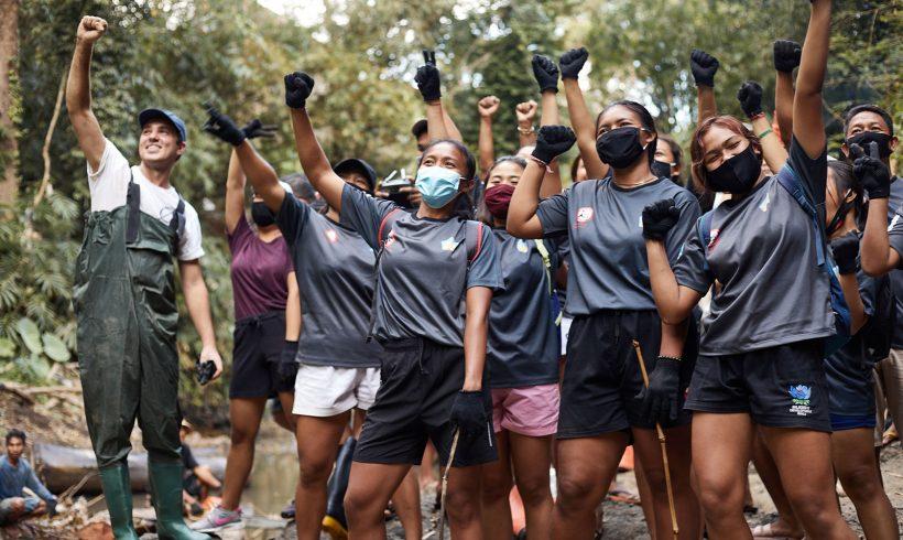 Rugby Bali Turut Menyebarkan Kesadaran Lingkungan Dengan Sungaiwatch